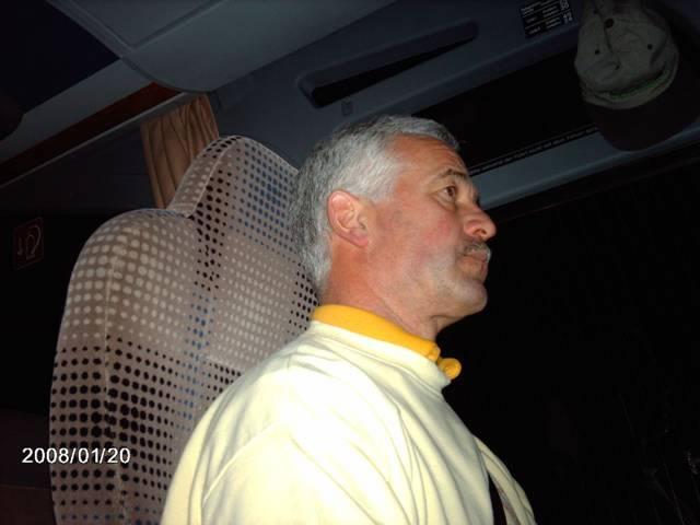 32_ Unser Busfahrer Peter_jpg